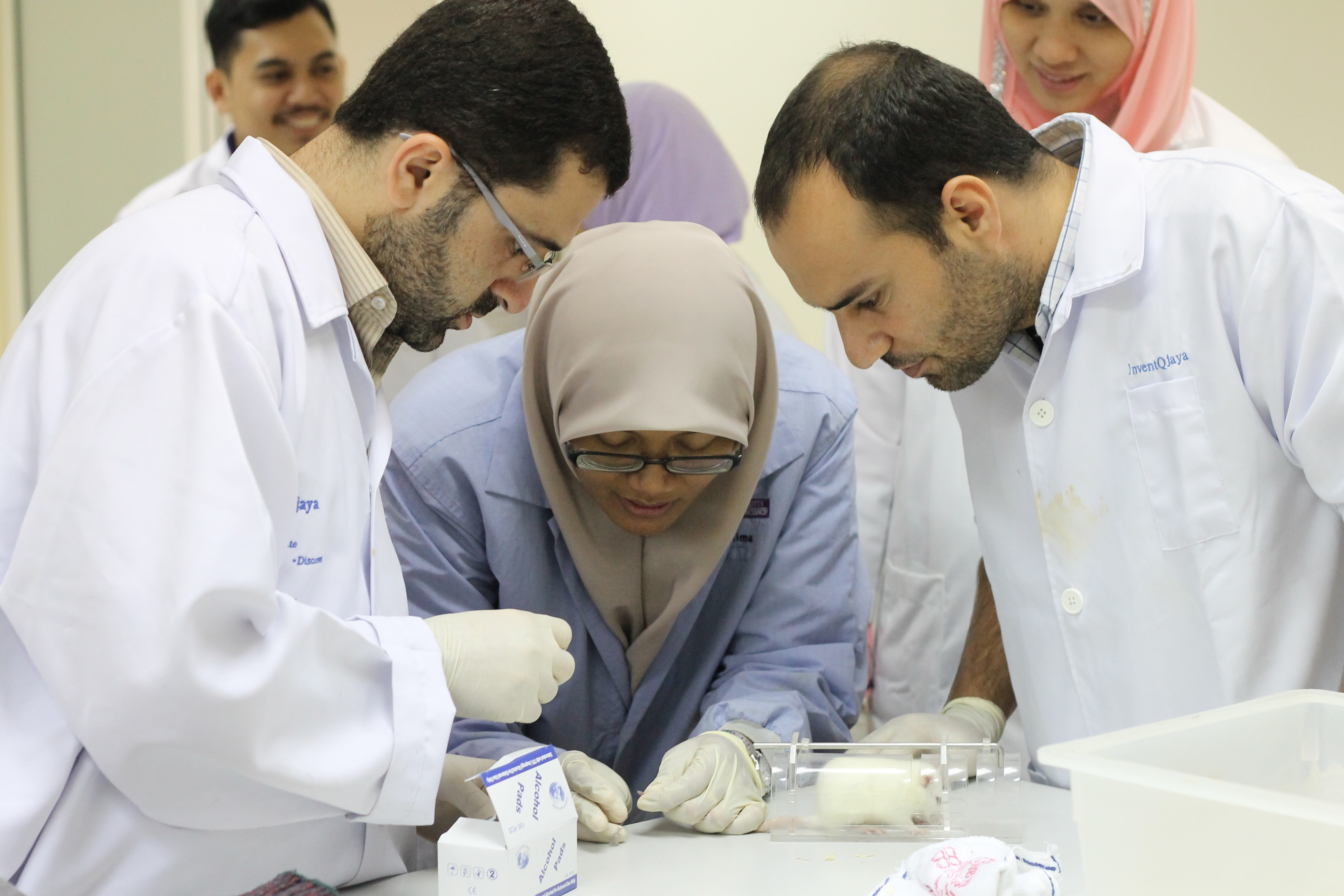 Diversity Beyond Borders: Pharmacy students, graduates and