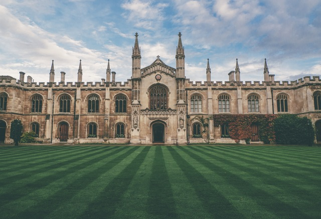 university, choosing a university, location, course, cost, type, size, higher education