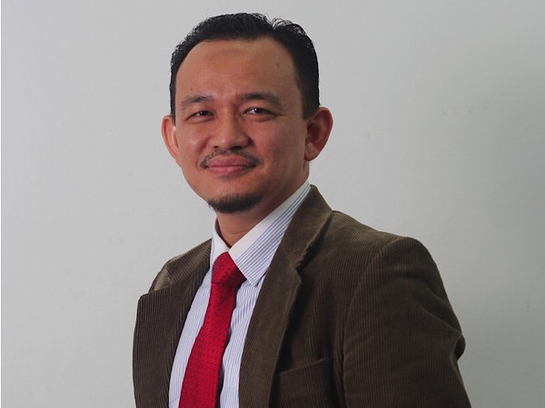 dr maszlee malik malaysia new minister of education